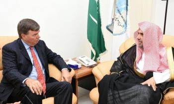 HE the MWL's Secretary General receiving the American Consul General 2 Saudi Arabia, Mr. Matthias Mitman in his office in Jeddah